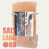 Кирпич из гималайской соли с держателем для конюшен. Лизунец.